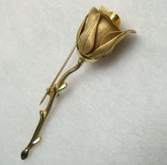 Tulip Pin Embossed Matt Goldtone Metal Vintage Floral Jewelry