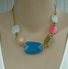 Multi-Color Chunky Plastic Faceted Bead Necklace Blue Peridot Pink