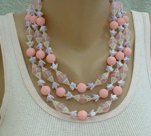 Triple Strand Pink Lavender Plastic Bead Necklace Sugar Beads Vintage Jewelry
