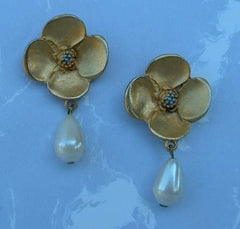 Matt Goldtone Pansy Faux Pearl Drop Dangle Post Earrings Jewelry
