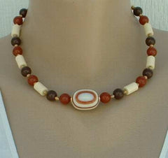 Sarah Coventry CINNAMON SWIRL 1970s Bead Necklace Vintage Jewelry