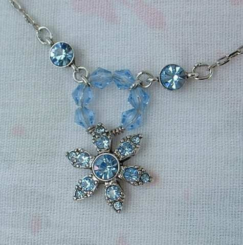 GIVENCHY Blue Rhinestone Star Flower Pendant Necklace Jewelry