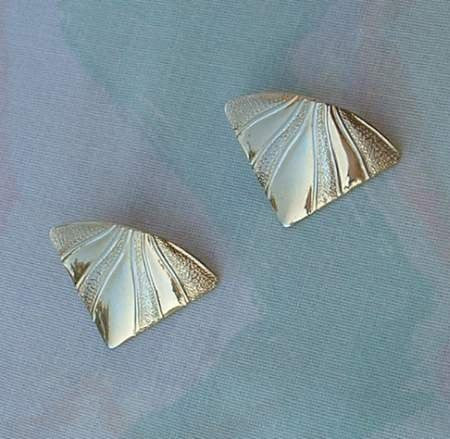 AVON Goldtone Wing Shaped Textured Post Earrings