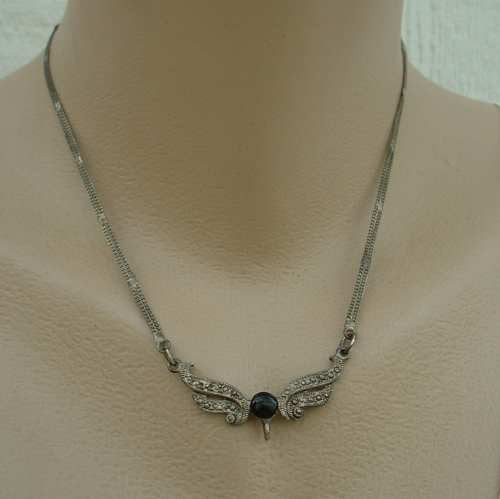 Claire's Old Vintage Victorian Necklace Pot Metal Black Cab Double Strand