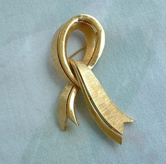 TRIFARI Ribbon Brooch Awareness Brushed Goldtone Vintage Holiday Jewelry
