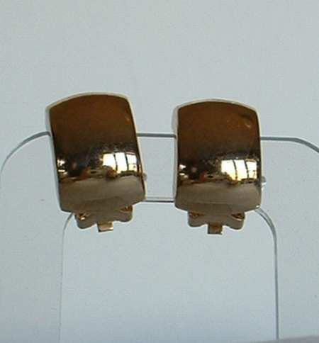 Christian DIOR Wide Huggie Earrings Clip Ons Smooth Goldtone
