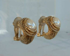 Carlisle Pearl Huggie Clip On Earrings Mabe Pearls Vintage Jewelry