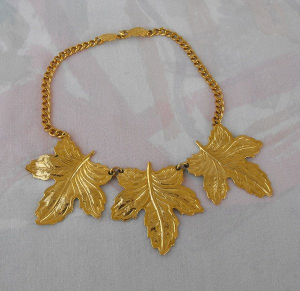 Large Triple Leaf Goldtone Necklace Curb Link Chain Unusual Vintage Jewelry