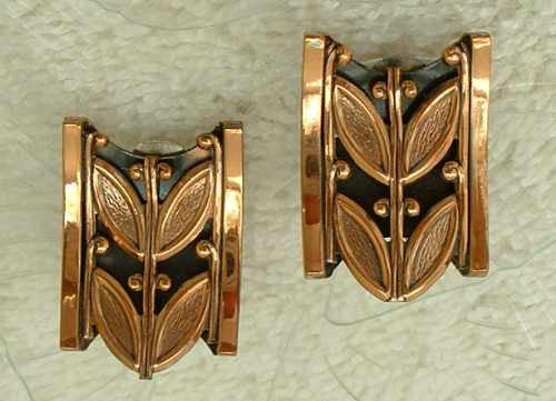 RENOIR Copper Retro Tulip Leaves Clip Earrings Mint Vintage Jewelry