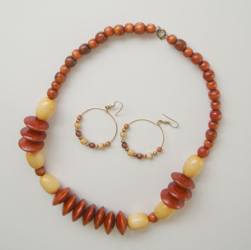 Chunky Lightweight Wood Necklace Geometric Disks Complementary Hoop Earrings
