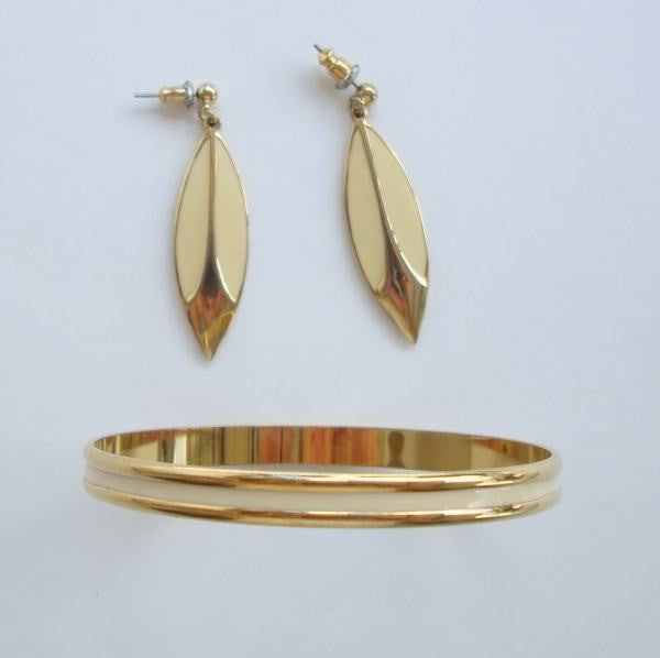 Beige Enamel Bangle Bracelet Pierced Earrings Goldtone Jewelry Set