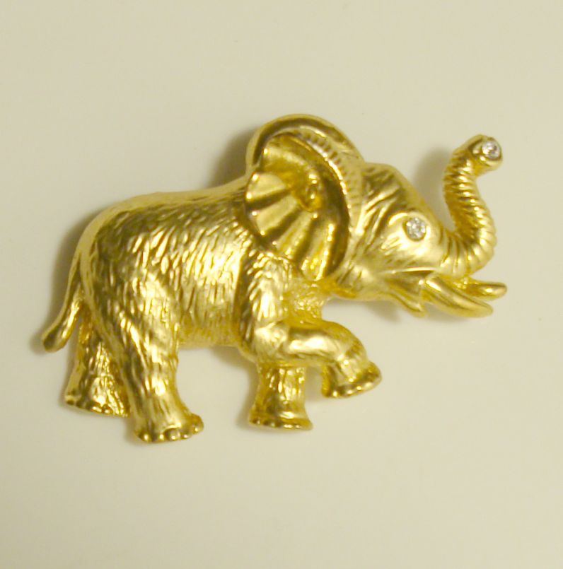 Elephant Pin Goldtone Rhinestones Trunk Raised Good Luck Figural Jewelry