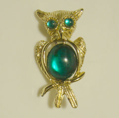 Cute Owl Scatter Pin Green Cabochon Body Eyes Vintage Figural Jewelry