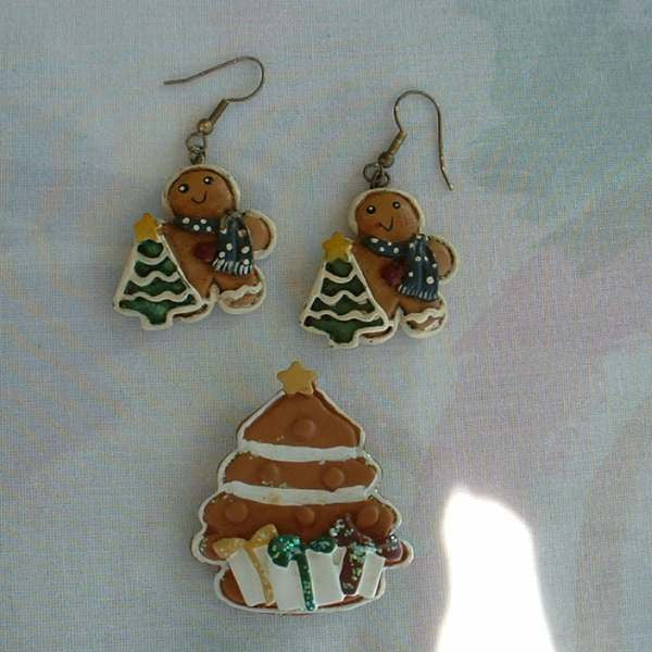 Gingerbread Christmas Tree Set Earrings Brooch Handpainted Holiday Jewelry