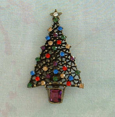 Sweet Romance Christmas Tree Pin Holiday Rhinestone Jewelry Red Blue Pink