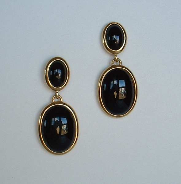 NAPIER Black Glass Cabs Dangle Earrings Post Style Bezel Set Vintage