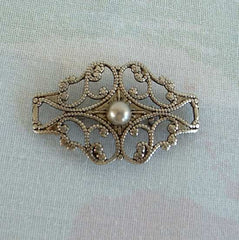 Art Deco Style Openwork Brooch Pin Filigree Lattice Design Vintage Jewelry