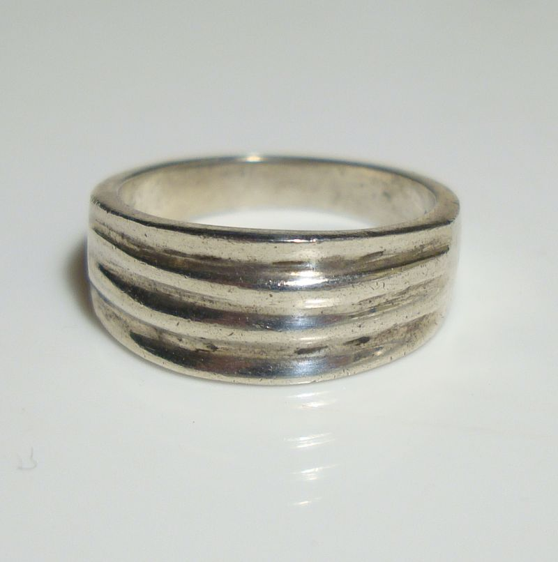 Mexican Sterling Silver Band Ring Ribbed Size 5.5 Vintage Jewelry