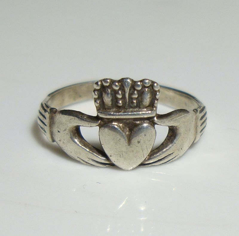 Tiny Sterling Silver Claddagh Ring Size 4 Vintage Celtic