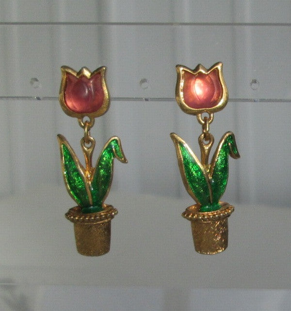 Avon pink tulip earrings