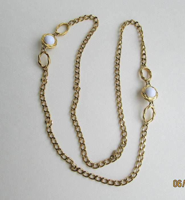 Monet Retro Atomic Necklace White Curb Link Chain Vintage Jewelry