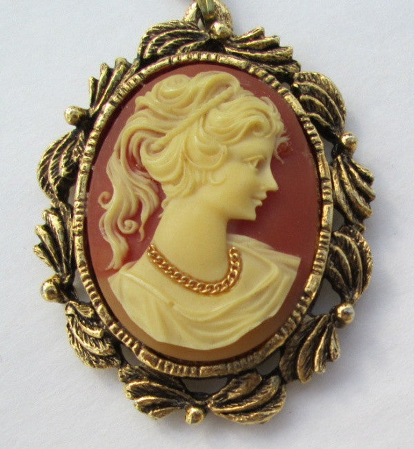 Unusual cameo pendant necklace with mirror goldtone frame vintage unusual cameo pendant necklace with mirror goldtone frame vintage jewe sharons vintage jewelry aloadofball Images