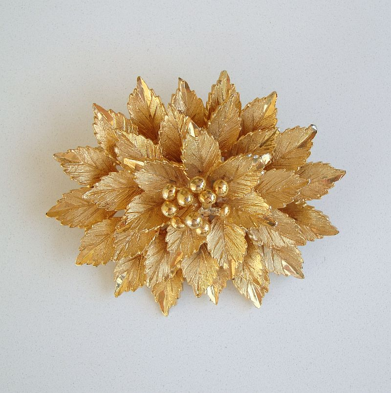 Coro Multi-Layered Goldtone Brooch Embossed c1950 Vintage Floral Jewelry