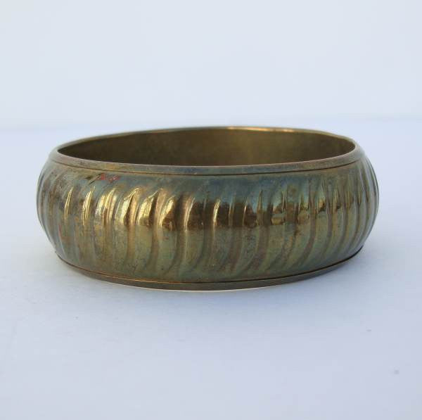 Brass Bangle Bracelet Curved Ribs Vintage Jewelry