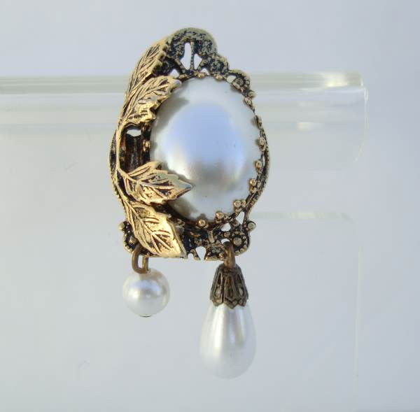 Unusual Mabe Pearl Clip On Earrings Floral Design Vintage Wedding Jewelry