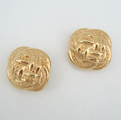 Liz Claiborne Embossed Goldtone Knots Clip On Jewelry