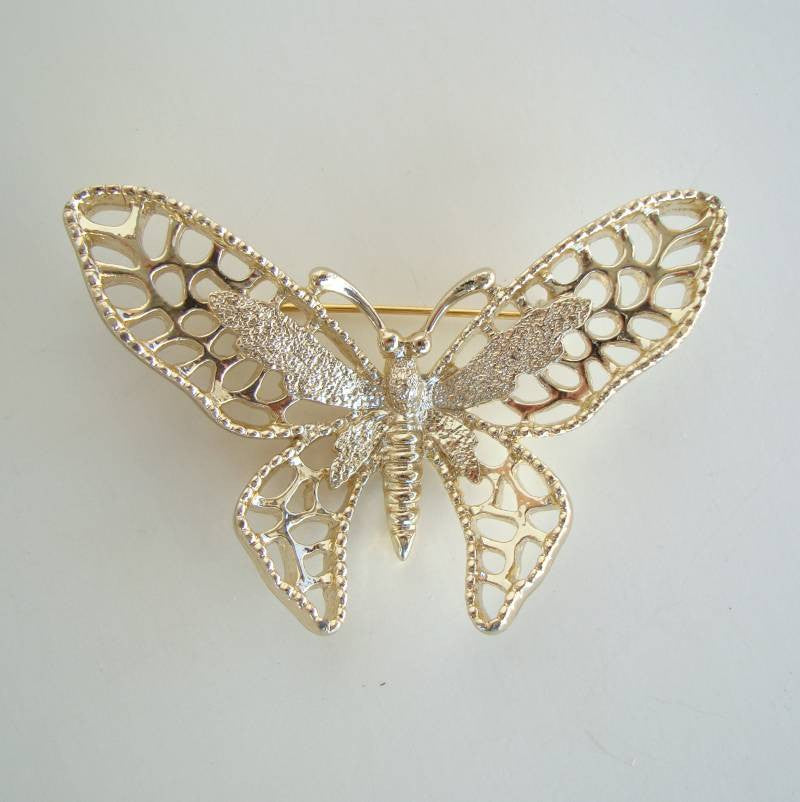 Sarah Coventry Goldtone MADAME BUTTERFLY 1971 Brooch Large Pin Vintage Jewelry