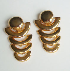 Retro Egyptian Style Clip On Earrings Goldtone Vintage Geometric Jewelry