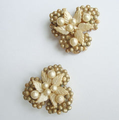 Tri-Cluster Pearl MOP Clip On Earrings Vintage Floral Jewelry