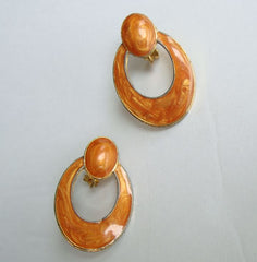 Swirled Dark Peach Enamel Clip On Earrings Doorknocker Hoops Vintage Jewelry