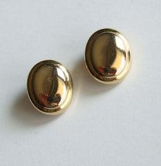 Lightweight Goldtone Metal Oval Clip On Earrings Vintage Jewelry