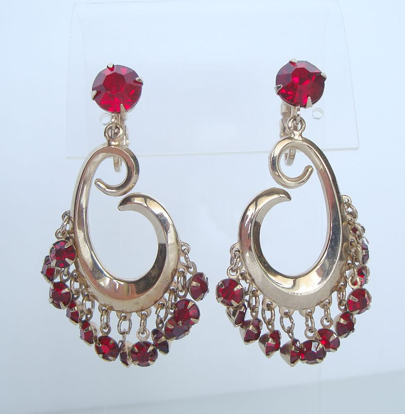 Retro Red Rhinestones Clip On Earrings Fab Vintage Jewelry