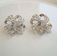 Avon KJL Kenneth J Lane Bow Clip On Earrings Rhinestones Designer Vintage Jewelry