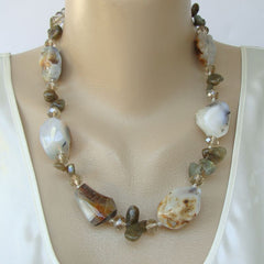 Chunky Polished Agate Necklace Crystal Beads Gemstone Jewelry