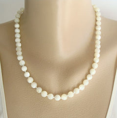 Natural Moonstone Bead Necklace Shimmering Gemstone Jewelry