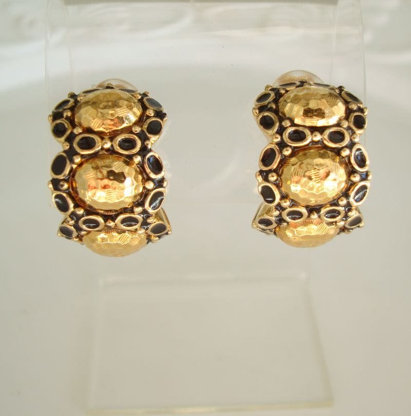 St John Knits Mod Enamel Textured Gold Clip On Huggie Earrings Designer Jewelry
