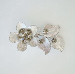 Silver-Plated Dogwood Brooch Peridot Rhinestones Vintage Floral Jewelry