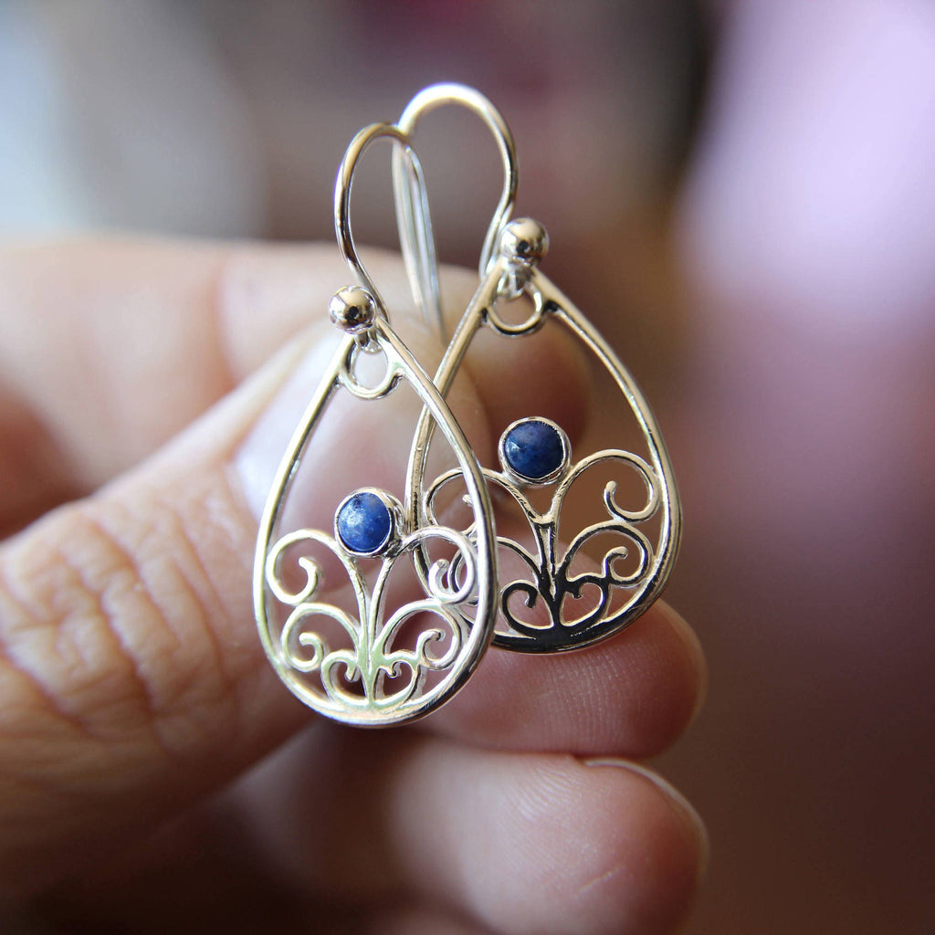 Sterling Silver Filigree Earring, Drop Earring, Lapis Earrings, Boho Earrings, Simple Chic Earrings, Modern Style Filigree Earring, Gemstone
