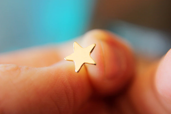 Gold Star Earrings, Gold Stud Earrings, Star Post Earring, Star Earrings, Yellow Gold Star Earring, Simple Gold Stud, Star Stud, Stars, Gift