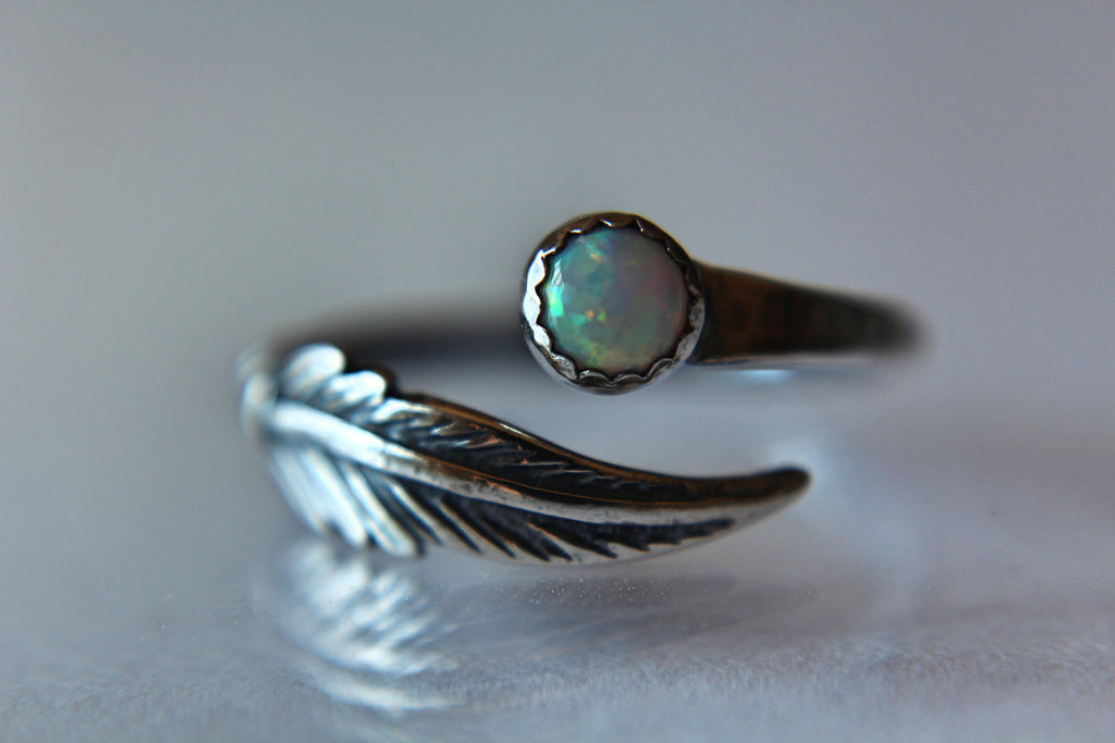 Feather Ring, Opal Ring, Modern Ring, Boho Feather, Gemstone Stacking Ring, Gemstone Jewelry, Boho Chic, Minimalist Ring, Stacking Ring
