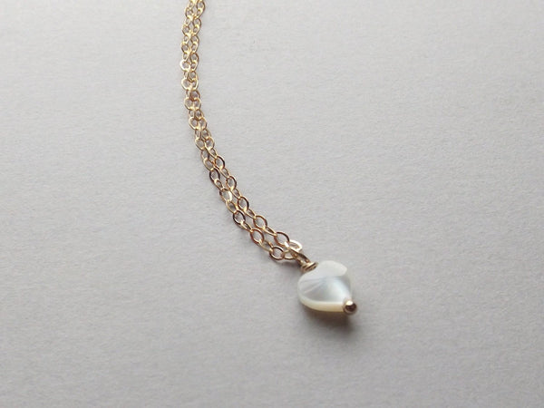 Ready to Ship~Heart Necklace,Tiny Heart Necklace,Gold and MOP Necklace,Tiny Necklace,Gold Necklace,Modern Necklace,Minimalist Heart Necklace