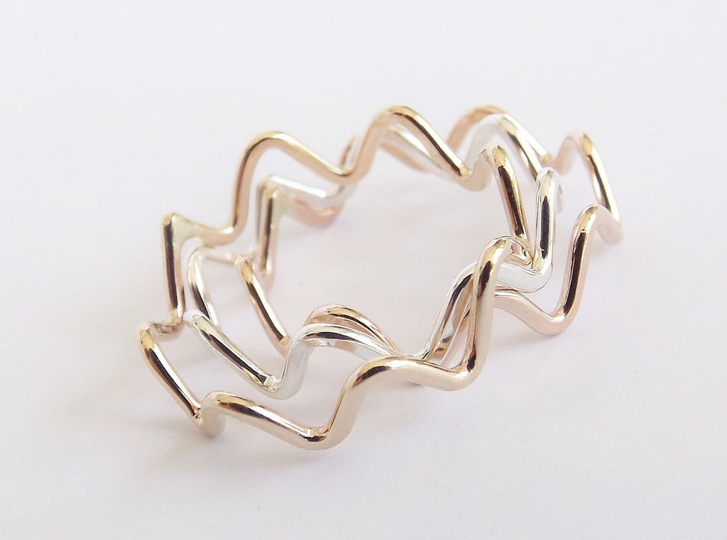 Stackable Zig Zag Ring,Zig Zag Ring,Stackable Wave Ring,Zig Zag Jewelry,Wave Ring,Modern Design Stacking Ring,Boho Ring,Handmade Zig Zag