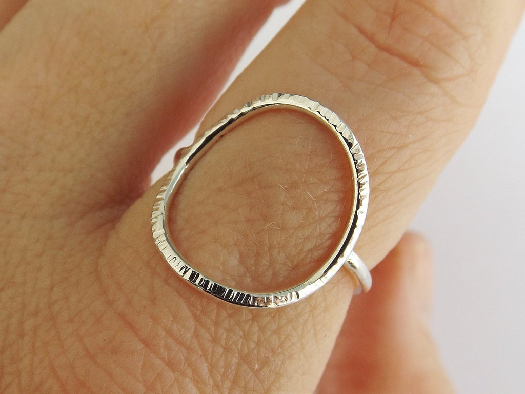 Large Circle Ring,Stacking Rings,Eternity Rings,Silver/Gold Circle Rings,Simple Modern Rings,Karma Circle Ring,Minimalist Jewelry,Karma Ring