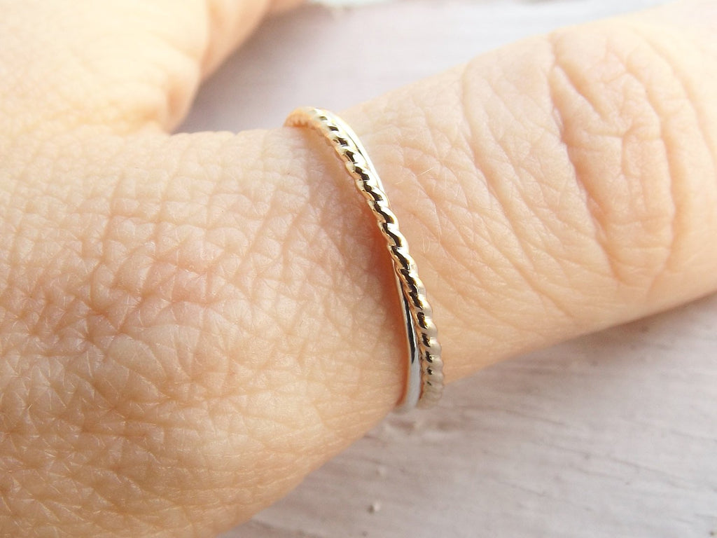 Simple Interlocking Rings,2 Interlocked bands,Stacking rings,Rolling rings,Rope Rings,Minimalist Rings,Unique Rings,Rings,Fidget Ring