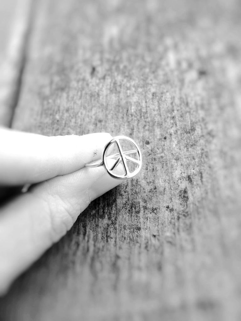 Peace Sign Ring, Peace, Peace Symbol Jewelry, Metalwork, Minimalist, Boho Hippie Fashion, Friendship, Gift, Minimal Statement Ring, Simple