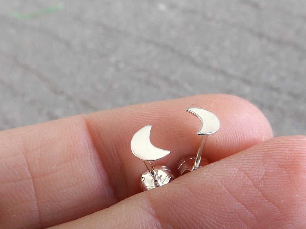 Silver Moon Earrings, Silver Crescent Earrings, Tiny Moon Studs, Silver Crescent Studs, Boho Earrings, Moon Child, Sterling Silver Moon, FMJ